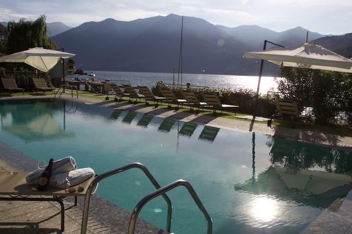 Villa Erker Hocevar - Moltrasio