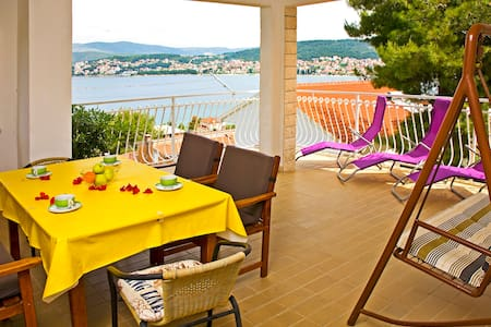 Beautiful apartment with sea view,3BDR, 2BT