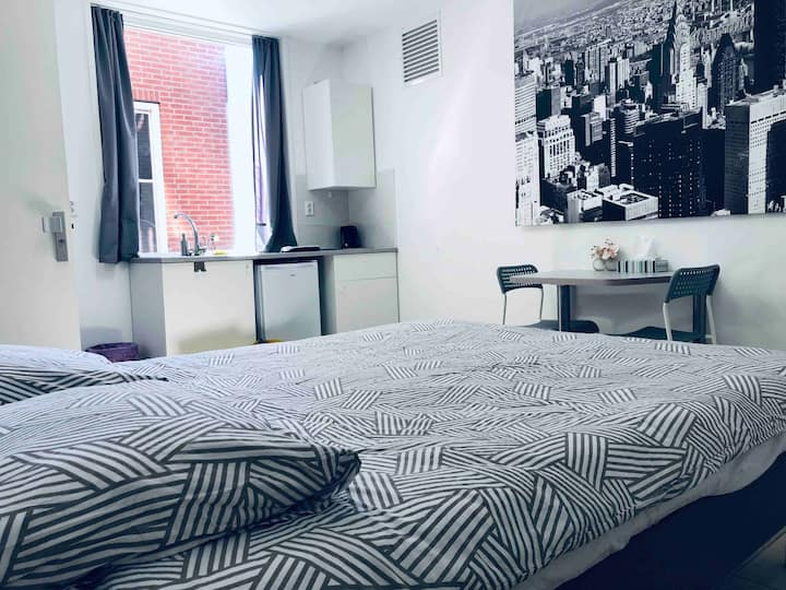 Fully furnished Studio5, 15min from Amsterdam city