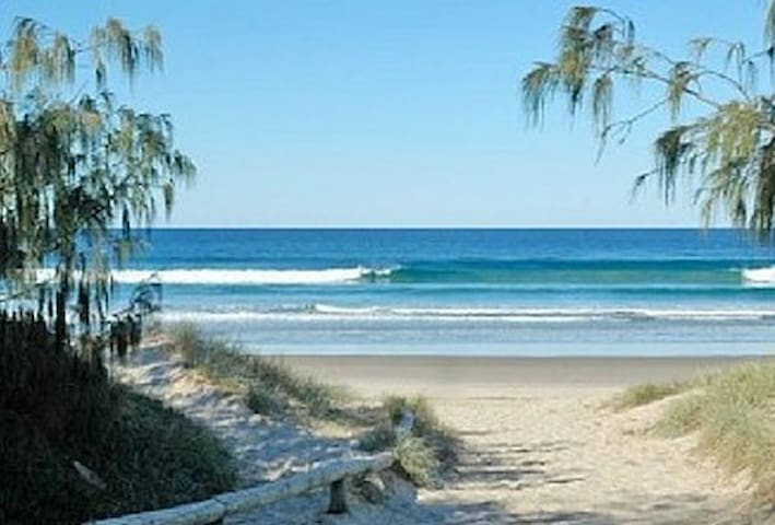 Peregian Beach Apartment-Currawong - Peregian Beach - Leilighet