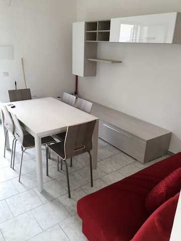 Appartamento indipendente a Santa Maria al Bagno - Santa Maria al Bagno - Huoneisto
