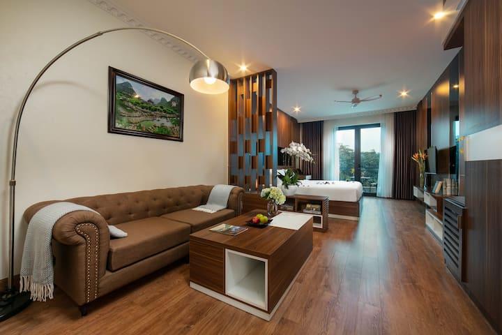 Phòng Suite Cặp Đôi Ngắm Núi - Tam Cốc - Ninh Bình