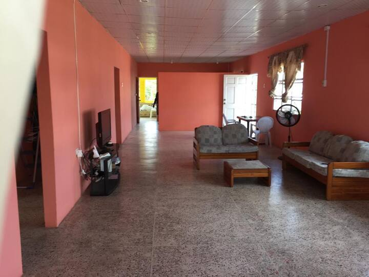 Spacious house in San Juan, Trinidad & Tobago