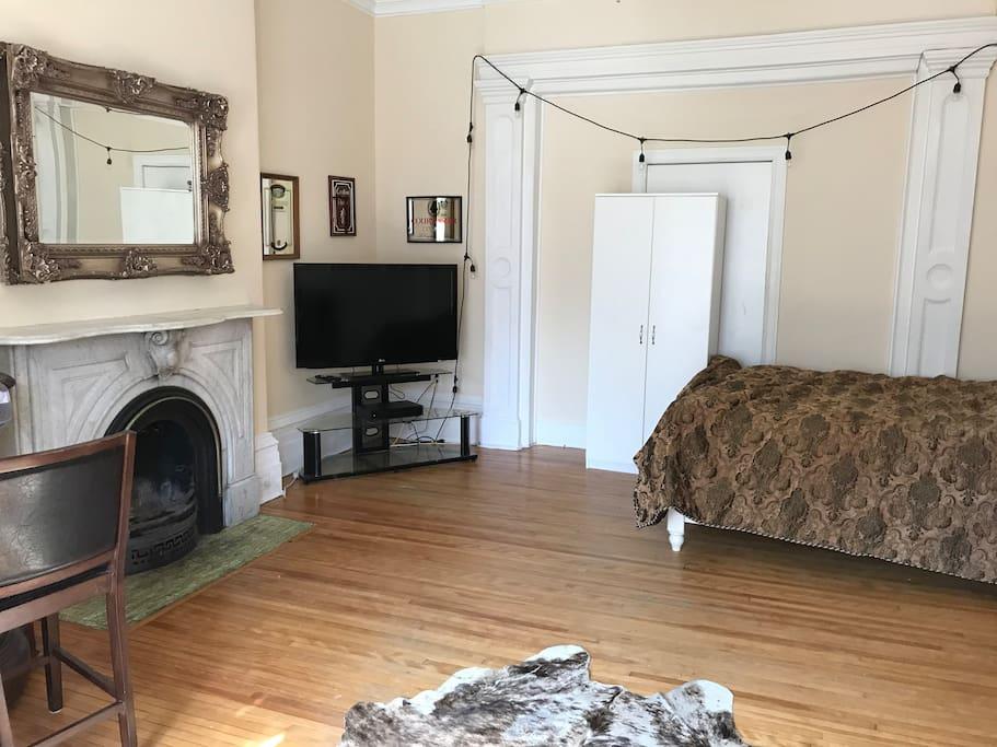 Front room, queen size bed