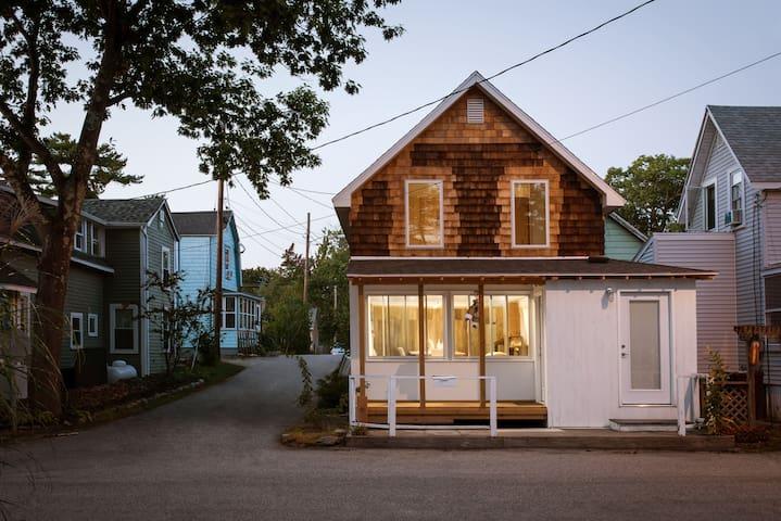 OOB: cedar shake beach house