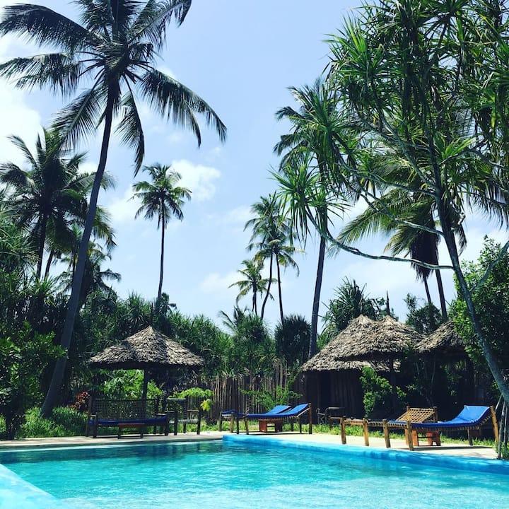 Laguna Palace Nest with Pool