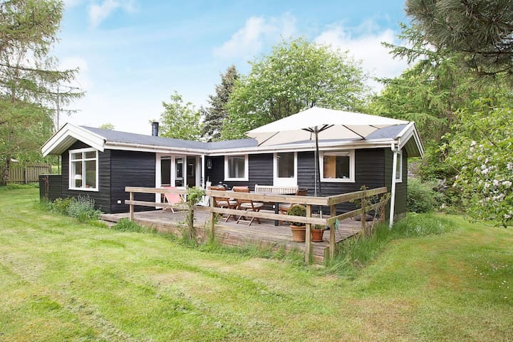 6 person holiday home in Gilleleje