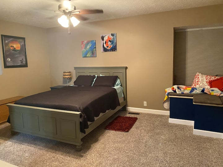 Spacious & convenient room with private bath
