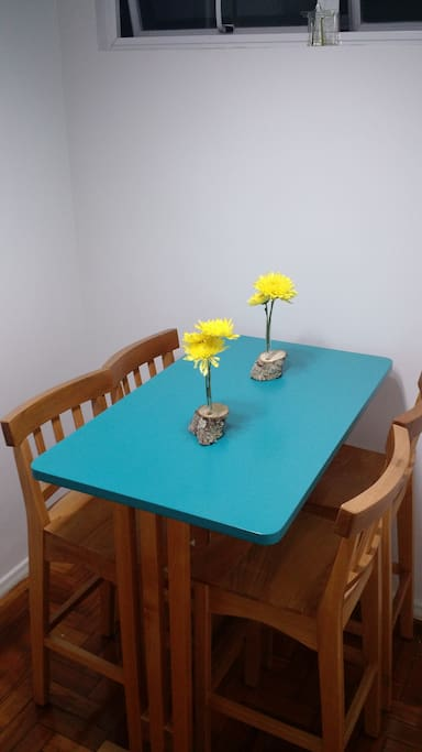 Table to make a meal or work