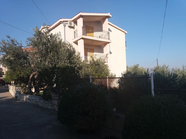 Apartment Jelica for 2 persons - Slatine