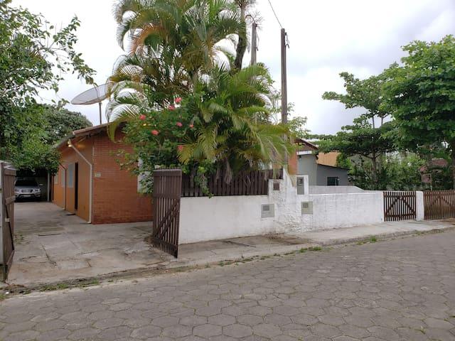 Casa no Boqueirao Ilha Comprida Centro Temporada