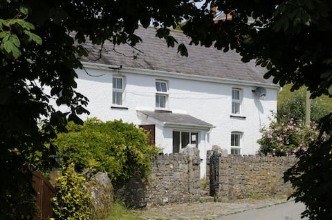 Gower coastal cottage Rhossili, Gower R5