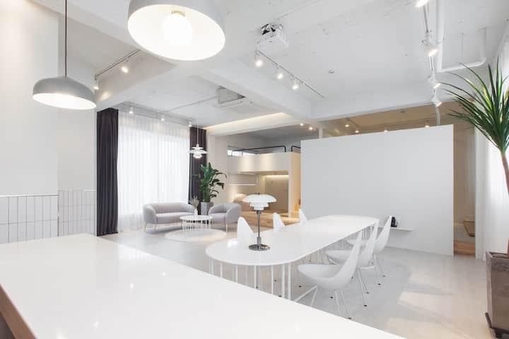 '팔레트-홈(palette-home)' 다양한 사람들이 어우러져 예쁜 공간