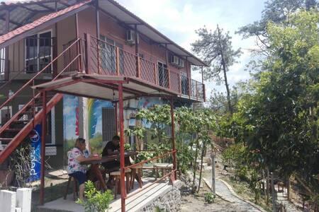 Hotel El Piquito habitacion sencilla #1 Máx. 2 p.