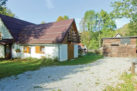 3 Bedrooms Cottage in Fuzine - Fuzine