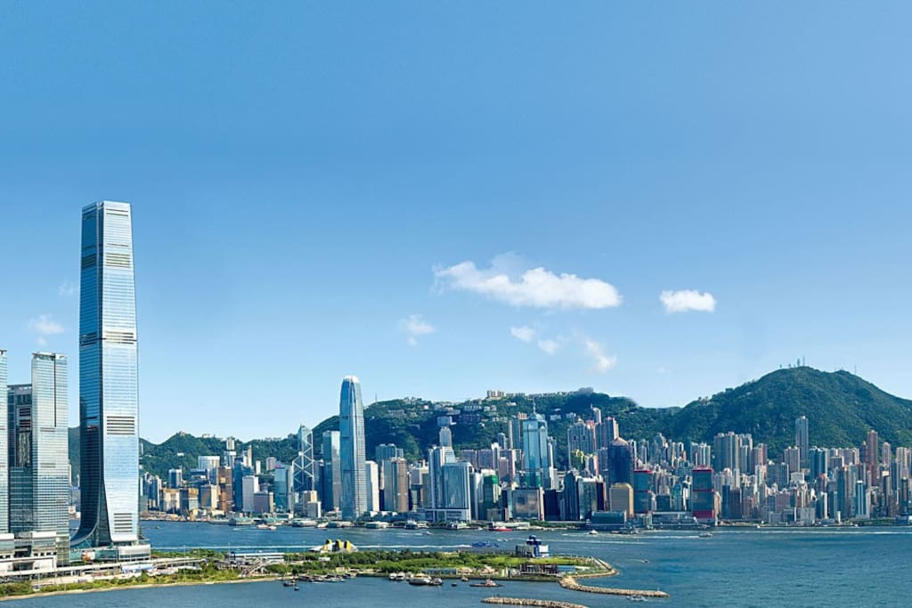 the victoria harbour view abosolutely stunning 180 degree