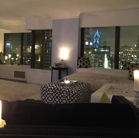 Lux 3/3 Best Location w/amazing views!  30 DAY MIN