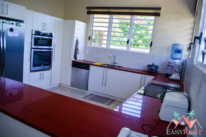 Luxe woning in Paramaribo Zuid te huur