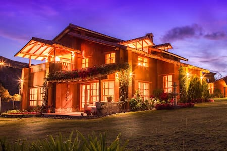 Luxury Villa Kampu – Urubamba - Urubamba - Casa