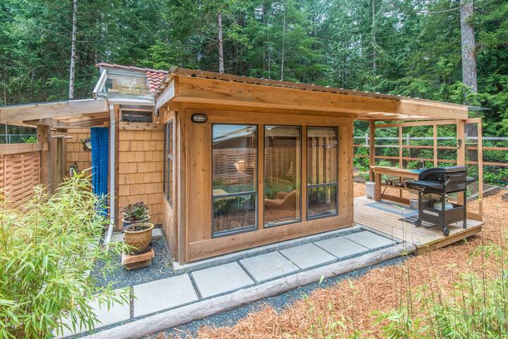 Tiny House near Whaling Station Bay - Hornby Island - Cabane