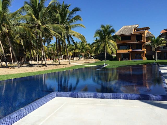 Sea & Sky Waterfront Backyard Zihuatanejo - Playa Blanca - Apartamento
