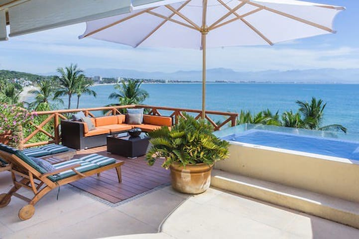 Spectacular BeachFront Villa with Private Pool ! !