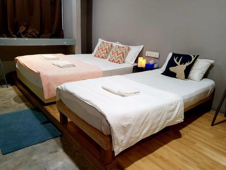 Triple Room at Jln Burma near Gurney Georgetown Pg