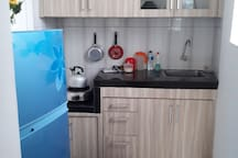 clean kitchenette