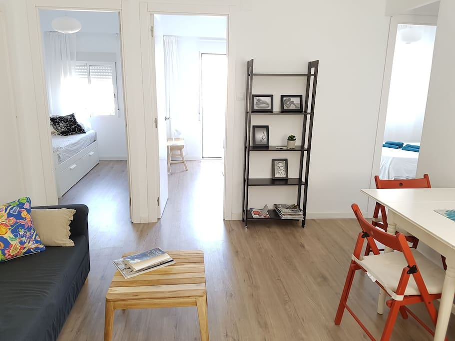 3 bedroom flat with lounge
