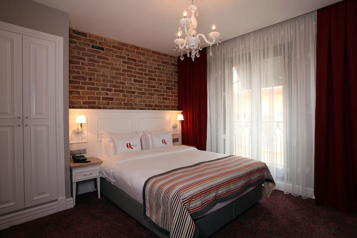 Great room very close to metro and square Q!=' - Beyoğlu