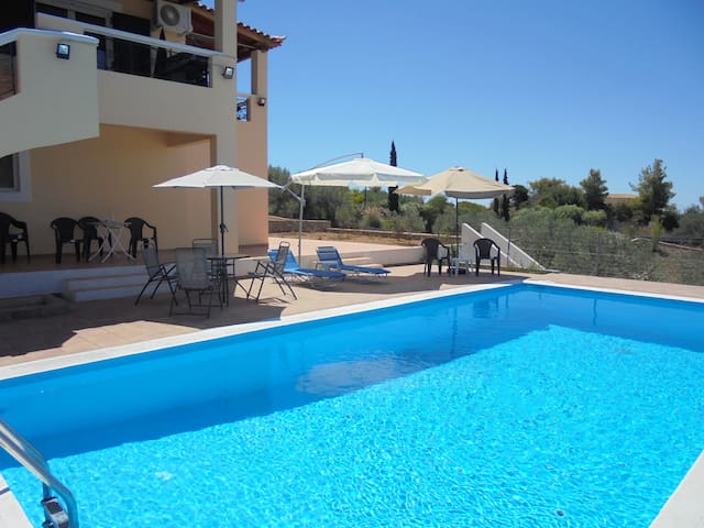 Large villa with pool and sea view - Porto Cheli - Villa