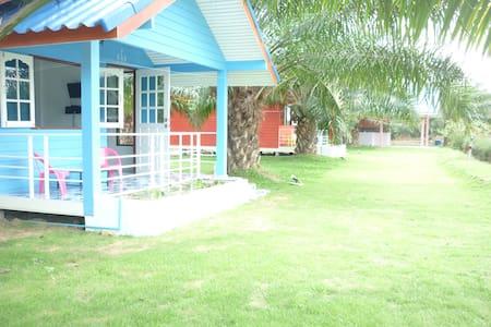 Maneemudjalin Resorts Farm Stay - Penzion (B&B)