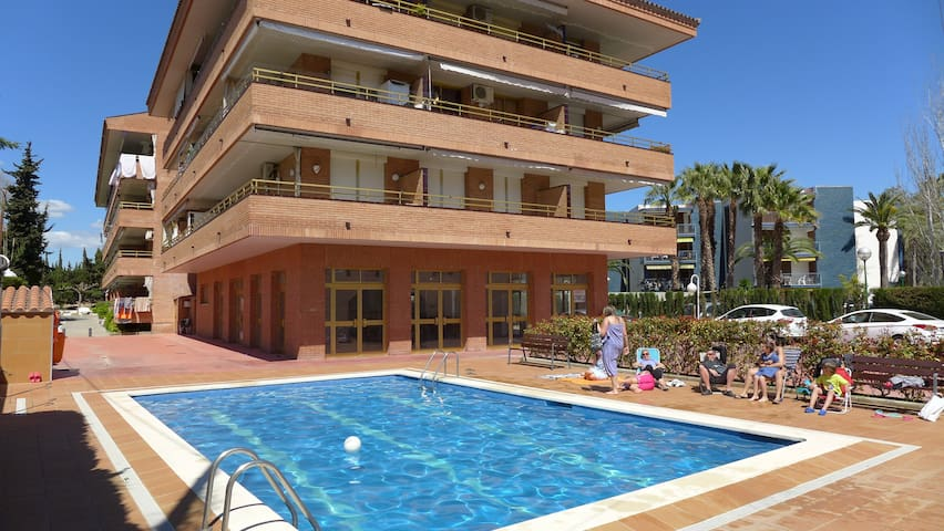Flat with swimming pool in Cambrils - Cambrils - Byt