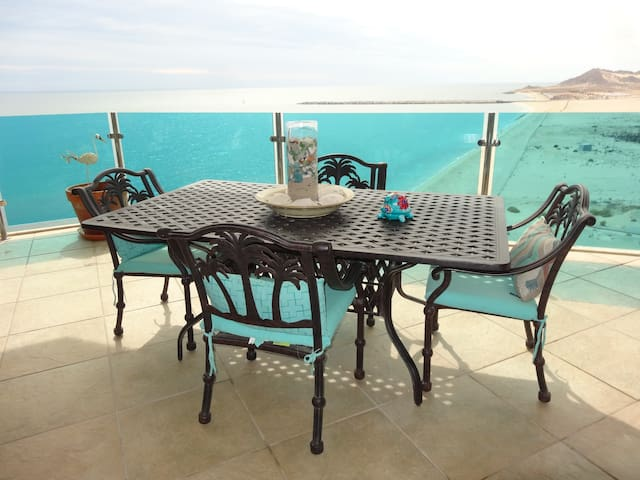 Luxury Esmeralda Beachfront on Sea of Cortez