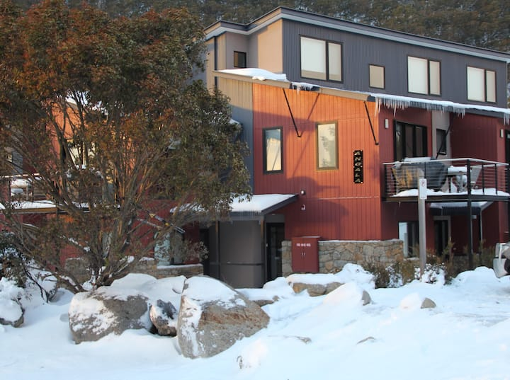 Angala 3 Thredbo closest apartment to ski lifts