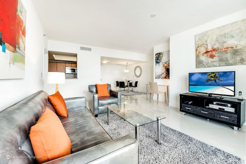Lux 2 Bedroom Brickell Apt W Free Parking Serviced Apartments For Rent In Miami Florida