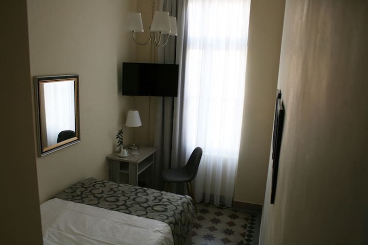 Μονόκλινο δωμάτιο