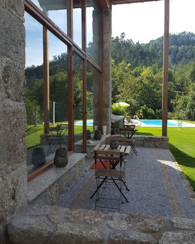 """Cantinho da pedra ;Gerês ,Braga""""vila da vinnha"""