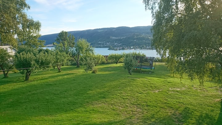 Central Lillehammer, villa with a view