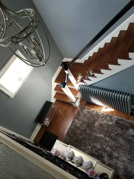 Foyer Entry/Shoe bench (Shoe free Home)