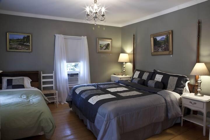 Bartlett Inn Bed And Breakfast (Inn Rm. 2)