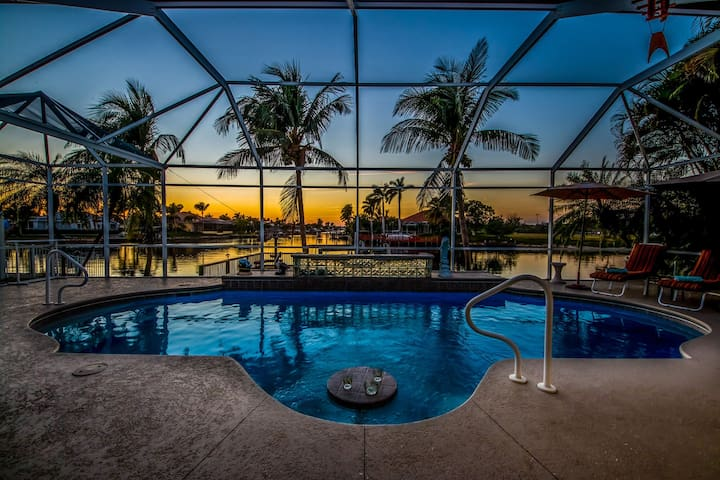 Roelens Vacations - Villa Picturesque - Cape Coral