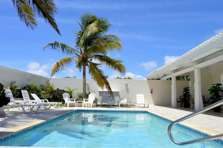 Modern PalmBeach Suite 5min to the Beach&Marriott