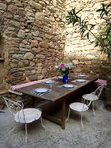 South of France: country house - Olonzac - Rumah