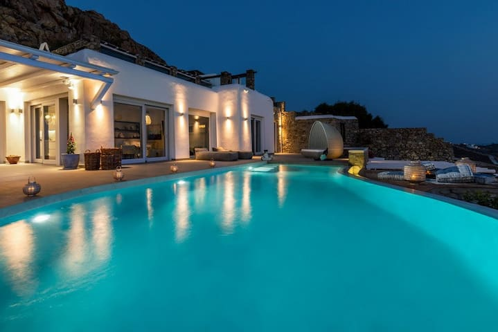 Villa with pool and amazing sea view in Mykonos - Agios Ioannis Diakoftis