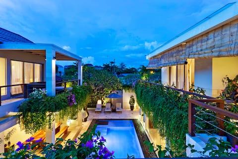 4 or 2 bedroom available - Villa by Jimbaran Beach