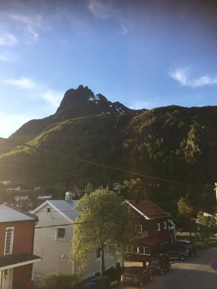 Large apartment in Svolvaer- Lofoten!
