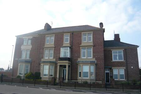 Breathtaking Sea Views Luxury Apartment - Tynemouth - Lejlighed