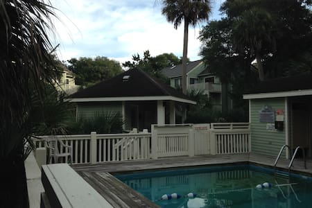 Bald Head Island w/ Private Pool - Bald Head Island