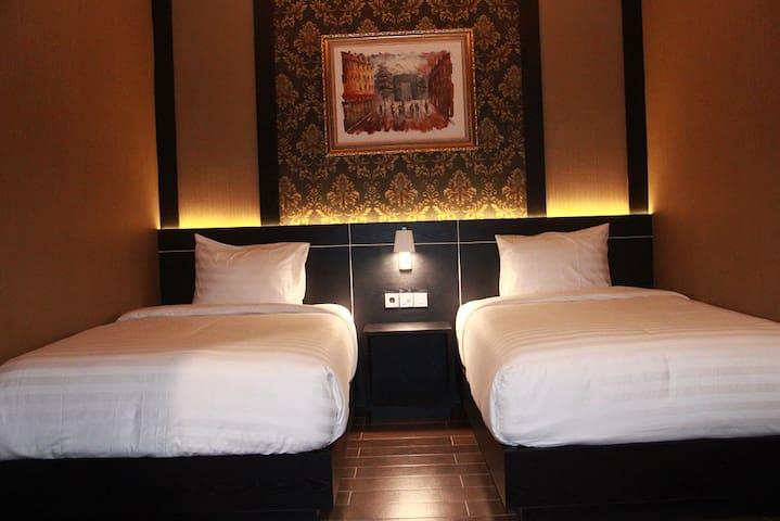 Grand Venetian Hotel